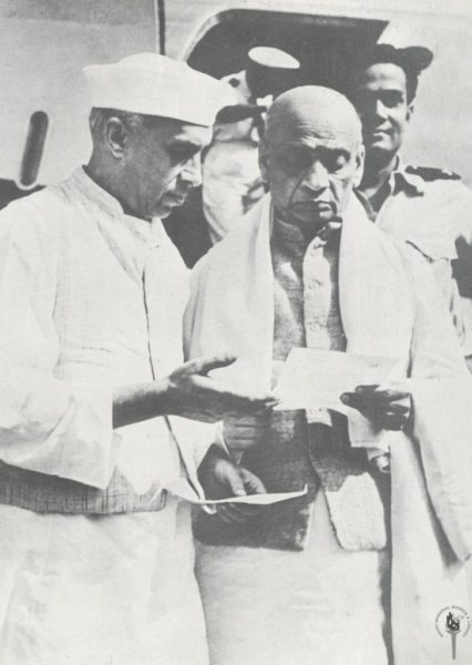 Two important persons of Indias young history can be seen in this image. It's Jawaharlal Nehru and Sardar Vallabhbhai Patel.