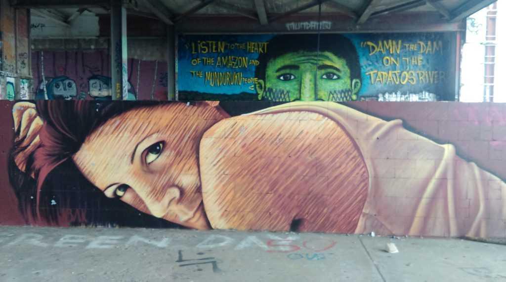 teufelsberg graffiti frau